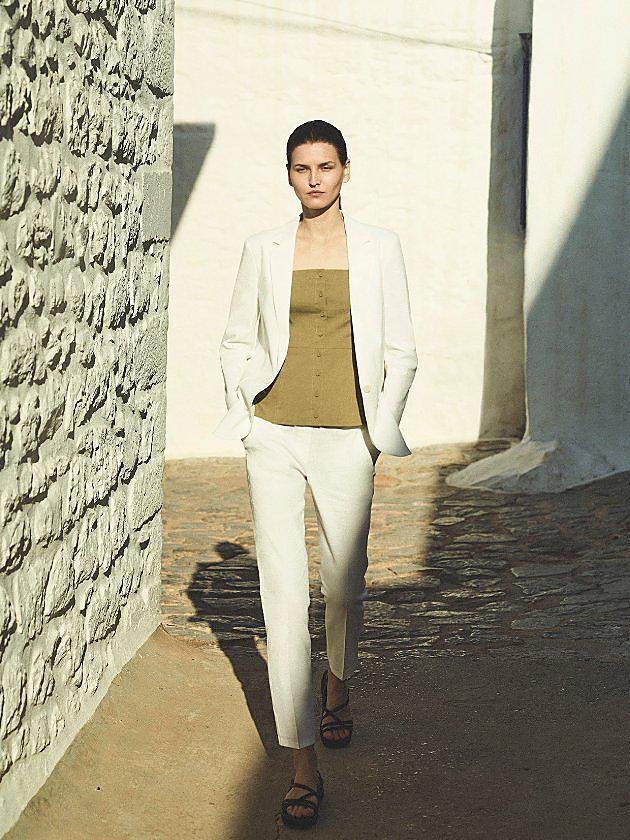 Women's A Wardrobe In Linen