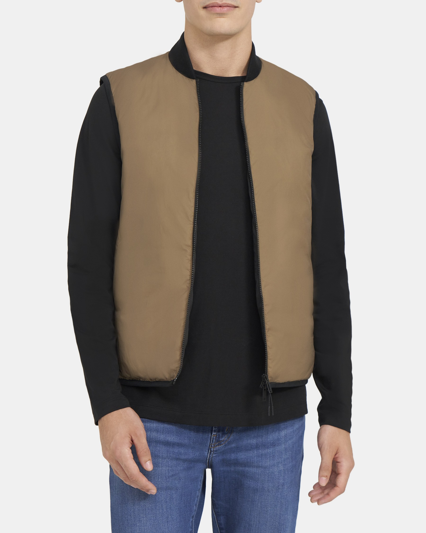 Theory Puffer Vest in Water-Resistant Nylon